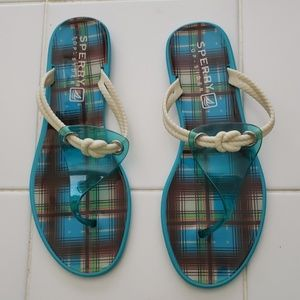 Sperry flip flops